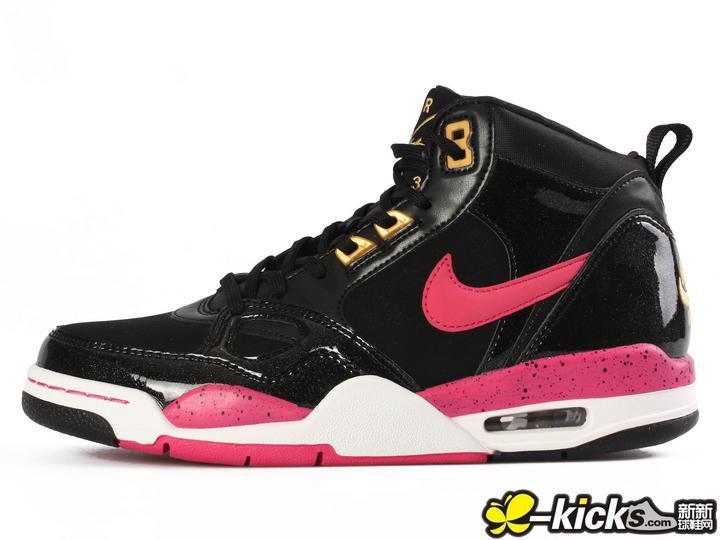 nike篮球鞋女款式品牌 nike篮球鞋女款价格 女装评价网