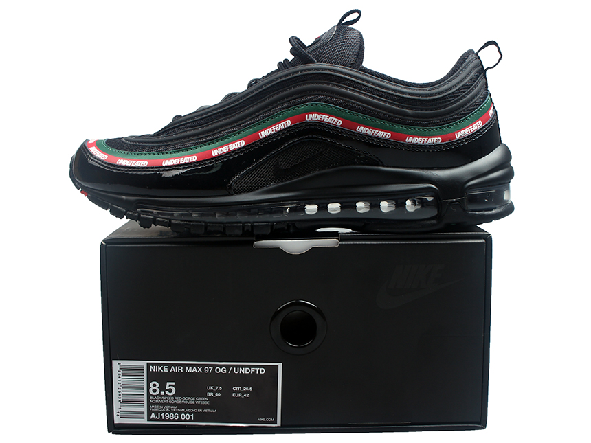 Undefeated x NIKE Air Max 97 联名子弹