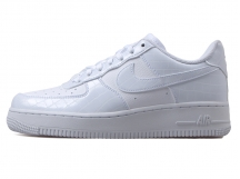 Nike Air Force 1 '07 Essential 全白 特