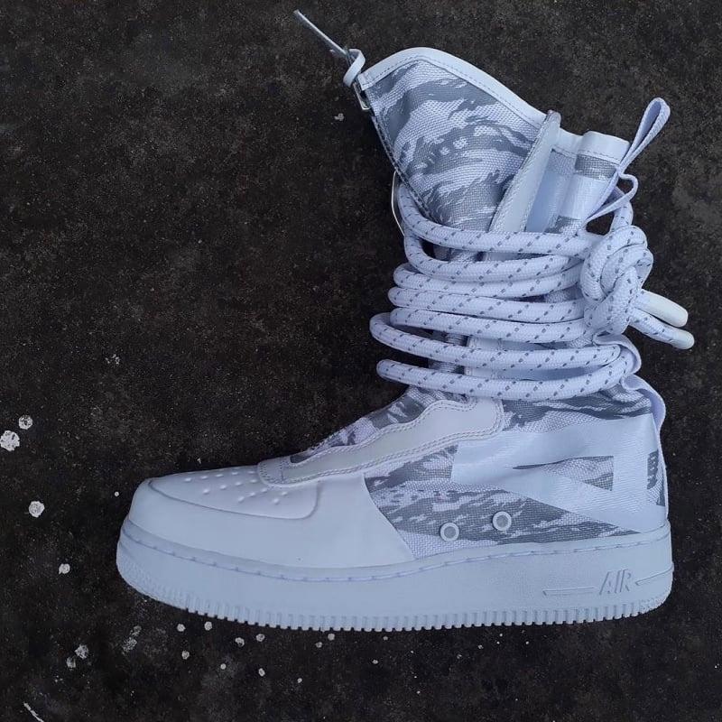 新款sf-af1 high,缠绕鞋带   超长拉链,喜欢?图片