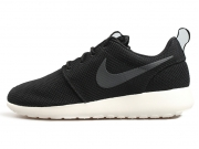Nike Roshe Run One 黑白灰 男子 跑步鞋 限时特价